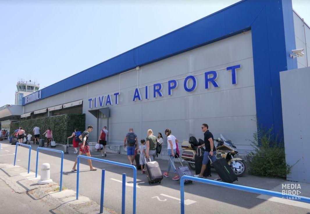 Aerodromi Podgorica i Tivat tokom jula opslužili oko 218 hiljada putnika